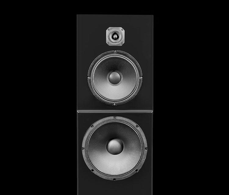 Российская компания Eridan Audio представила крупные напольники Capella