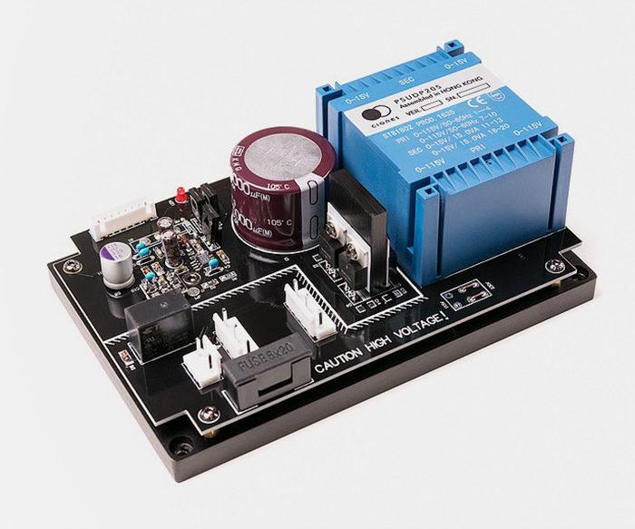 Clones Audio выпустила блок питания PSUPD205 для плеера Oppo UDP-205