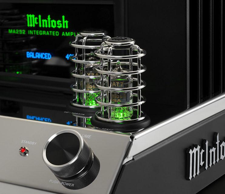 McIntosh представила гибридный интегрированный усилитель MA252