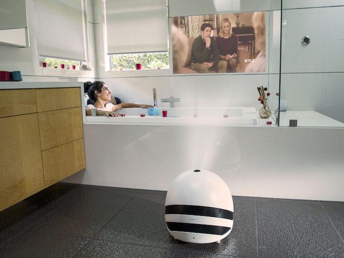 Keecker: домашний робот-проектор для развлечений и коммуникации