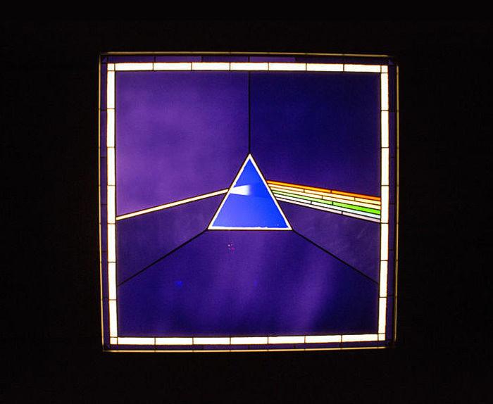 Нашествие машин: бот отправил от имени Pink Floyd страйк за использование треков от NASA