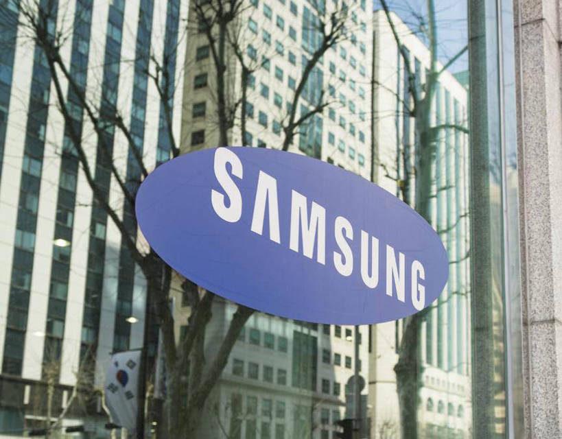 Samsung начнет продажи смарт-колонки на основе Bixby в следующем году
