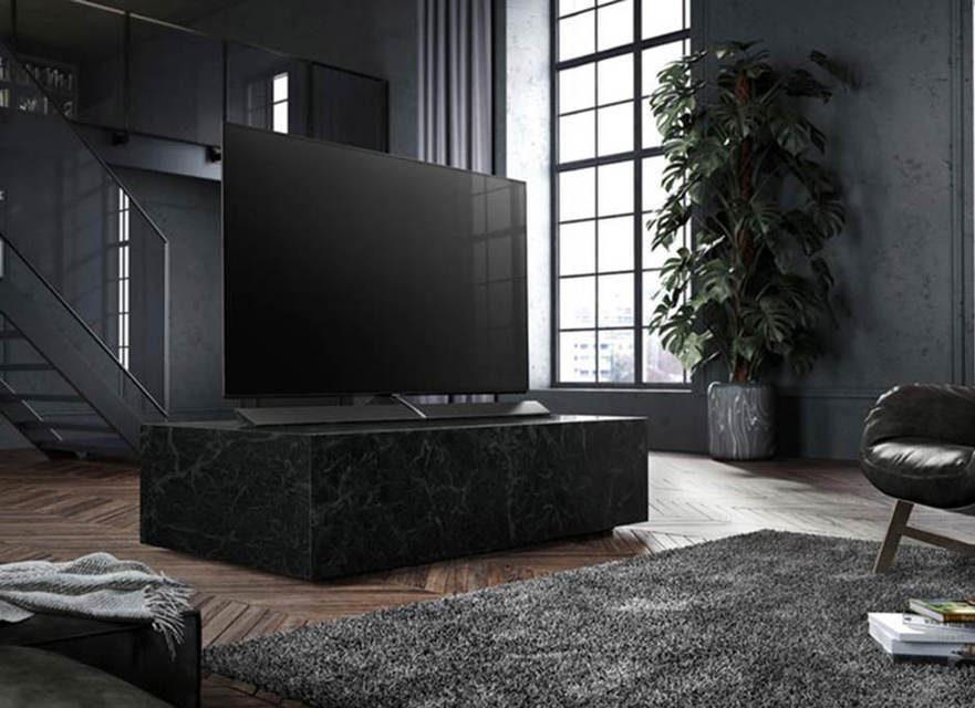 Panasonic выпустит 77-дюймовую версию OLED-телевизора EZ1000
