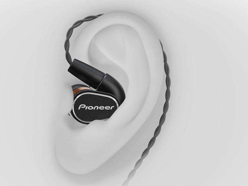 Pioneer выпустила наушники SE-CH5T и SE-CH9T для воспроизведения Hi-Res-аудио