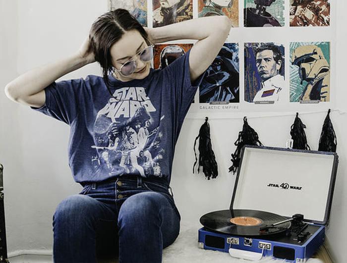 Crosley выпустит посвященную «Звездным войнам» вертушку в честь Record Store Day 2017