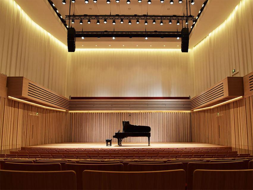 В Манчестере построили концертный зал с «гибкой» акустикой и подвижной сценой