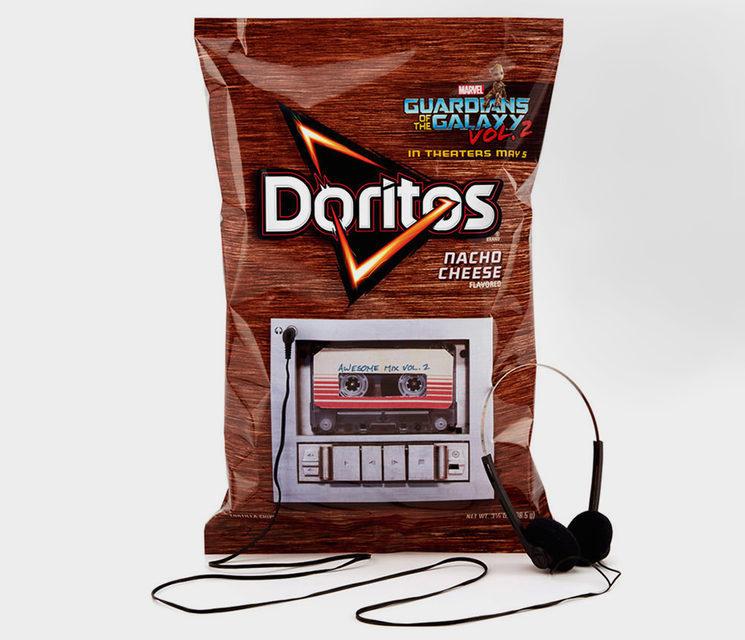 Чипсы Doritos оснастили встроенным плеером, проигрывающим саундтрек к«Стражам Галактики-2»
