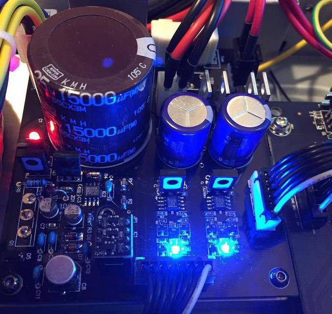 Clones Audio выпустила блок питания специально для плеера Oppo UDP-203
