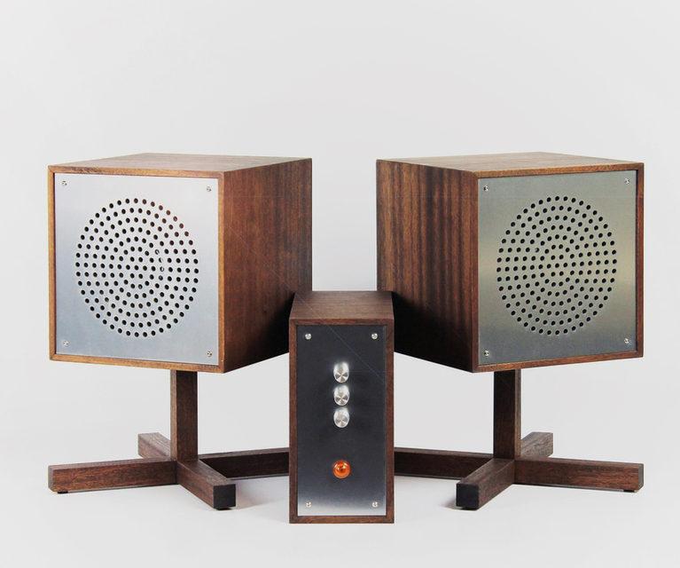 Дизайнер Love Hulten представил модульную Hi-Fi систему Astovox