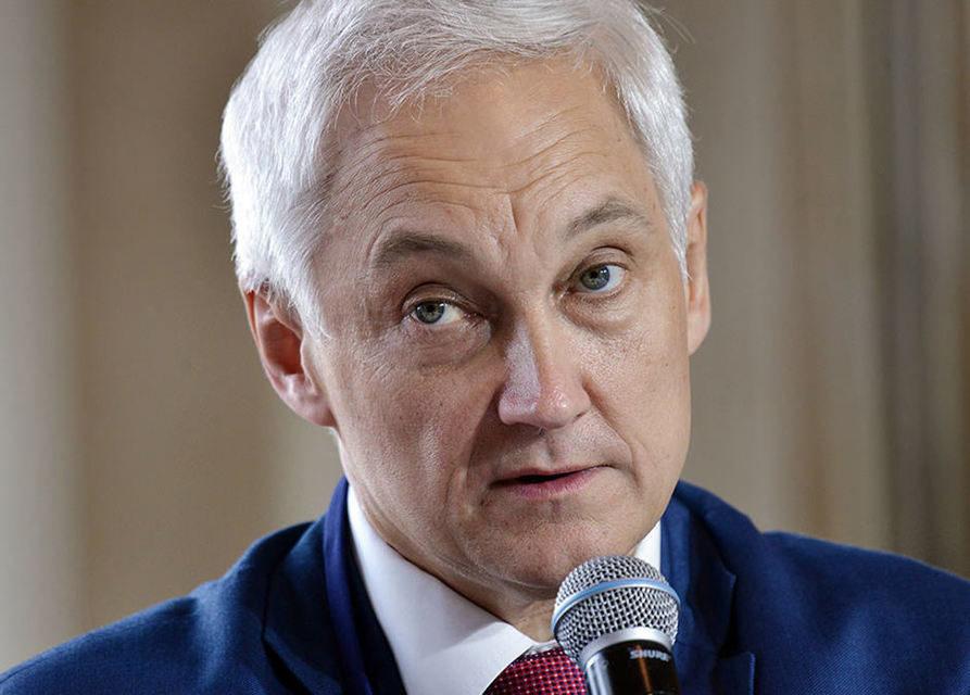 Помощник Путина отметил возможное повышение пошлин на импортную электронику