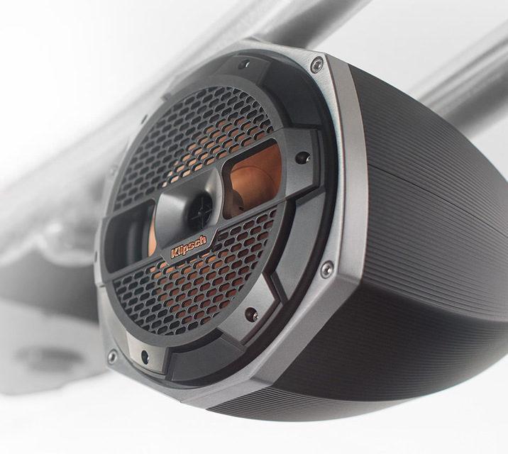 Спортивные катеры MasterCraft укомплектуют акустикой Klipsch и модулями обработки звука Digital Power Station