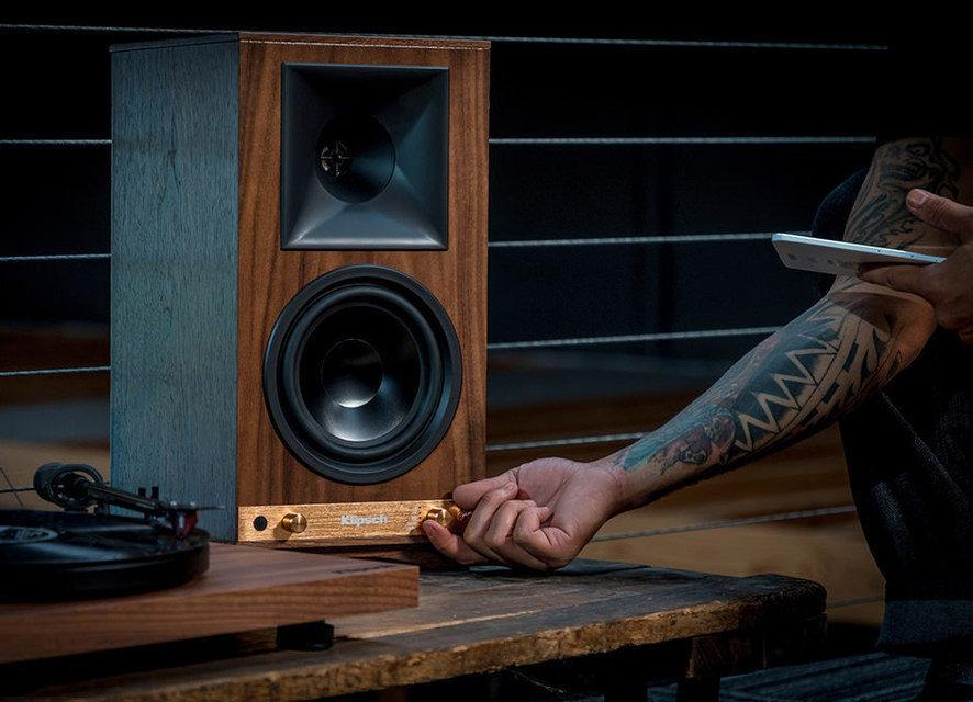 Беспроводные активные колонки Klipsch Heritage Wireless The Sixes появились в продаже в России