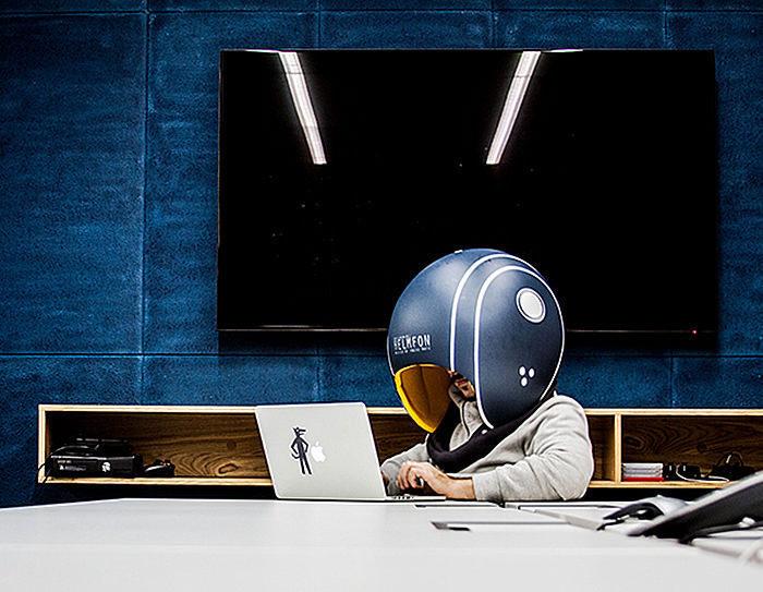Helmfon: шумоизолирующий шлем для работы
