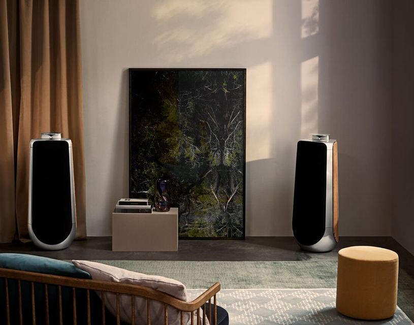 Bang & Olufsen выпустила напольную активную акустику BeoLab 50