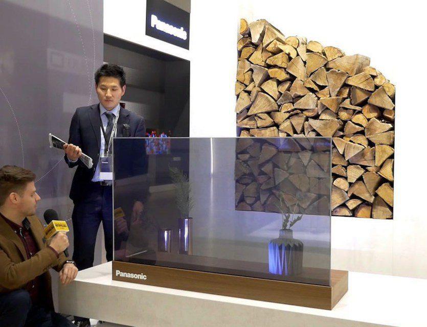 Panasonic показала прозрачный OLED-телевизор