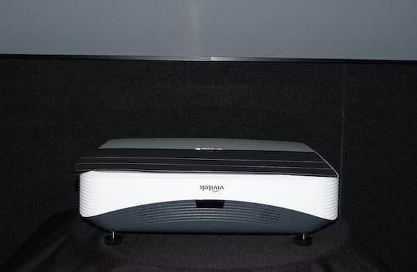 Vivitek представила 4К-проектор HK2299 и ультракороткофокусный Full HD — DH768Z-UST