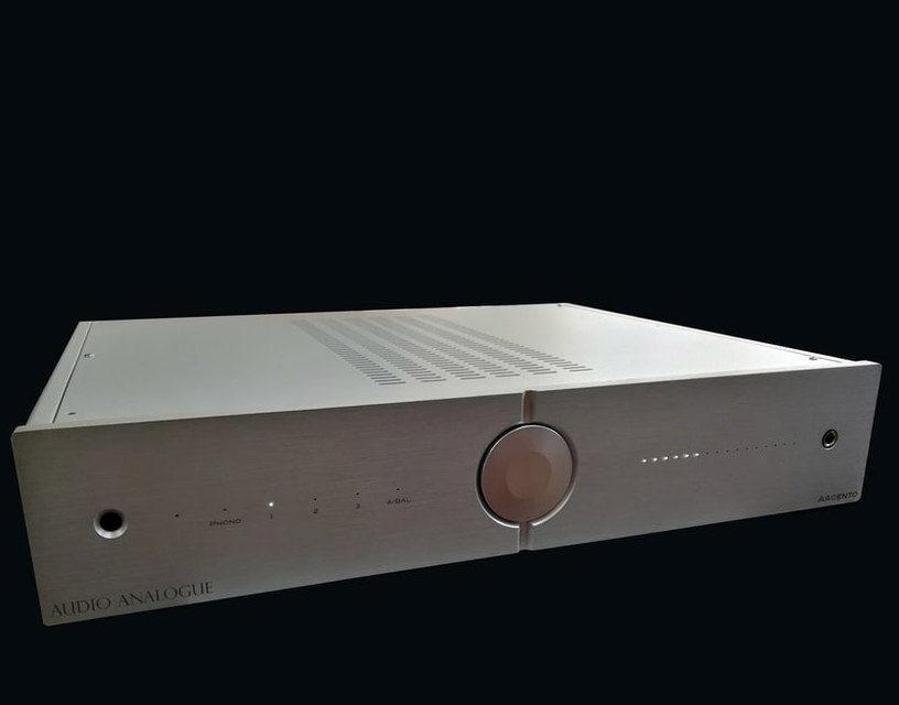 Audio Analogue представила интегрированный усилитель AAcento в линейке PureAA