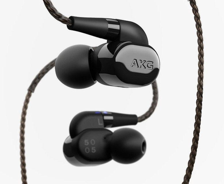 AKG N5005: внутриканальные наушники со сменными акустическими фильтрами