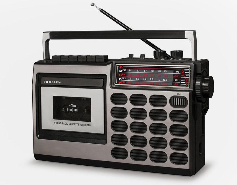 Crosley представила переносные кассетные магнитофоны CT100 и CT200