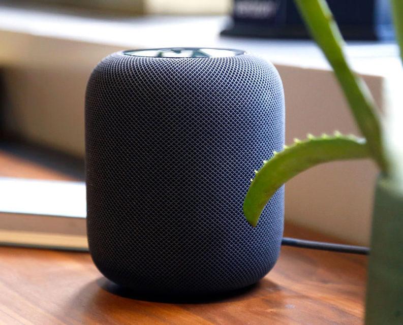 Силиконовое дно Apple HomePod оставляет кольца на деревянных поверхностях
