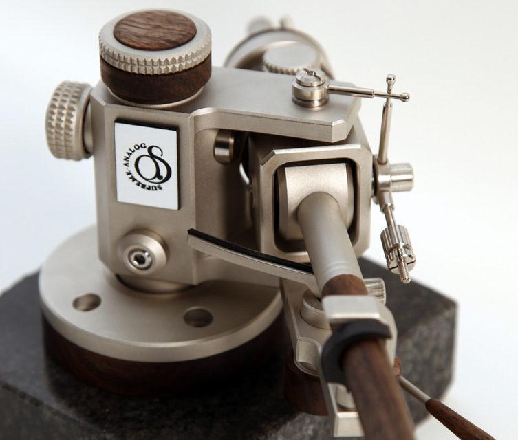 Supreme-Analog представила 14-дюймовый тонарм Tangenta со съемным механизмом антискейтинга