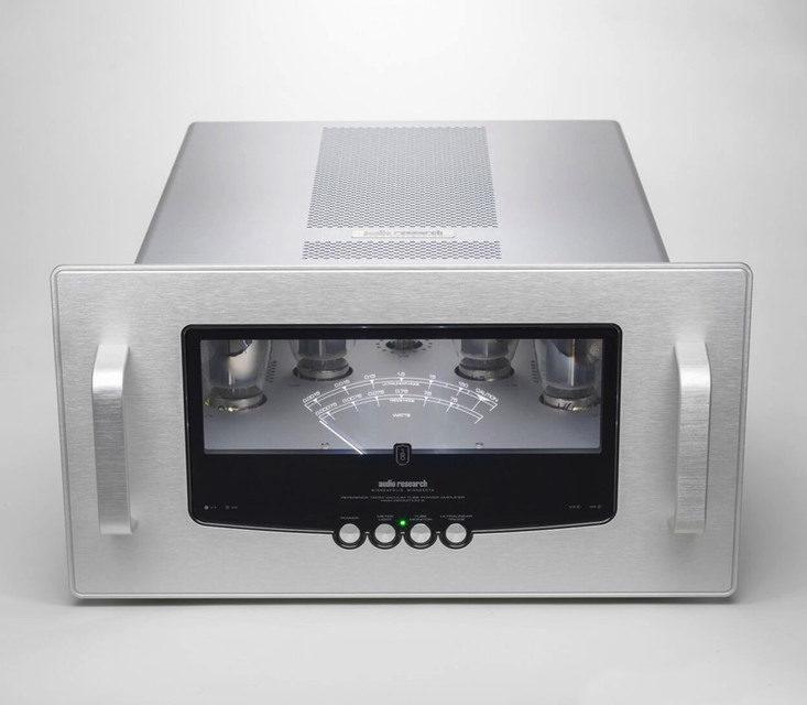 Моноусилитель мощности Audio Research REF160M:  ультралинейный и триодный режимы, четыре лампы KT150