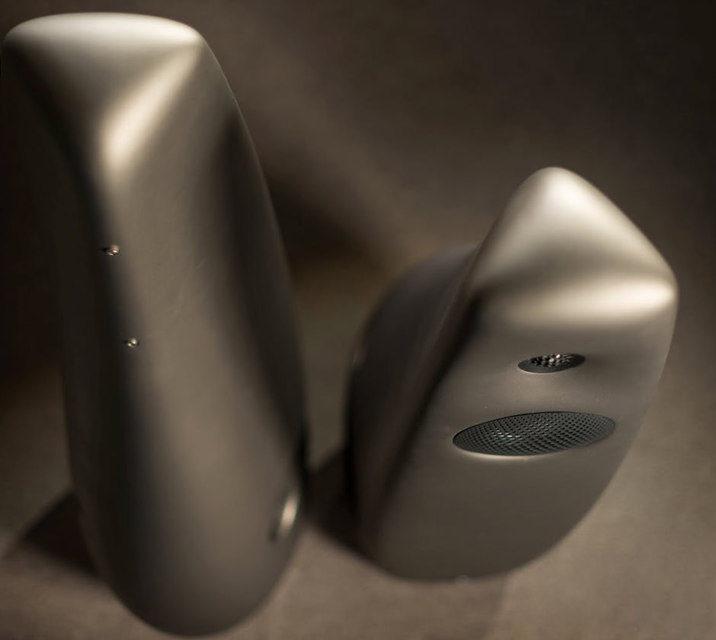 Vivid Audio показала первую модель акустики в линейке Kiya