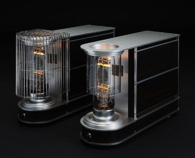 CS Port 212PA: ламповый усилитель мощности с гибридным питанием за 2,86 млн рублей