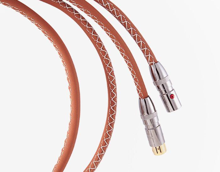 Asimi Luxe от Atlas: премиальные акустические кабели с оплеткой из натуральной кожи