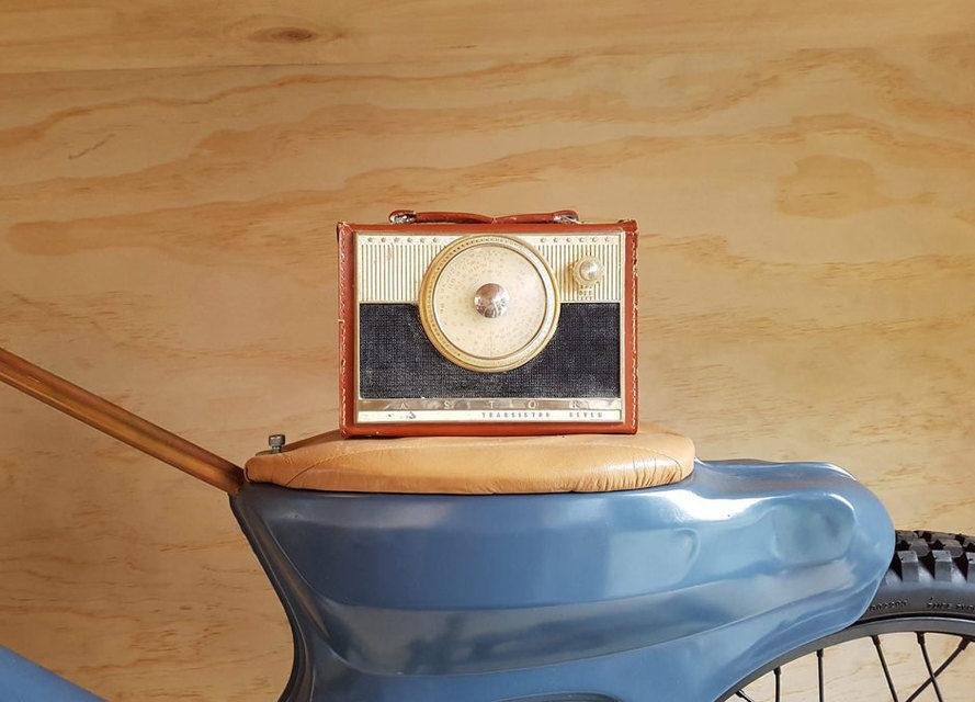 Boe Vintage Radio Bluetooth Speakers: винтажное радио с современными беспроводным функционалом