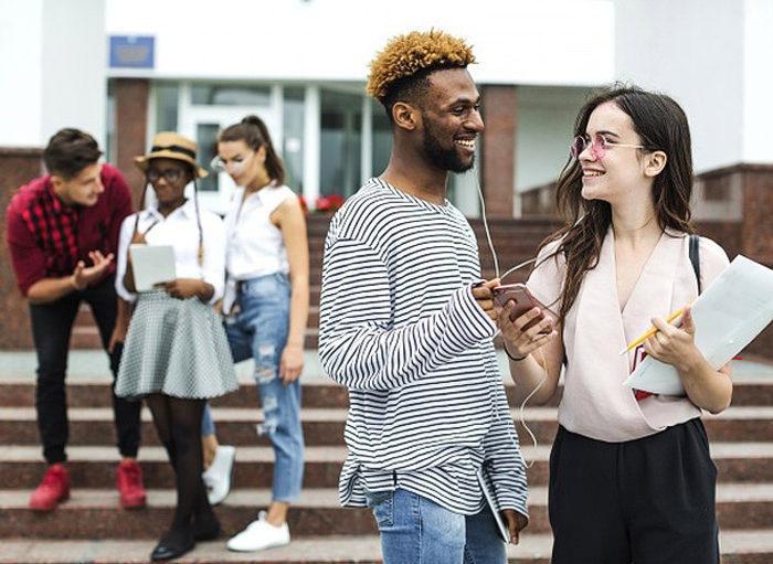 Исследование: эмпаты воспринимают музыку как разговор с друзьями
