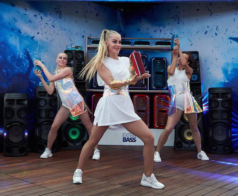 Sony показала в Москве новинки линейки Extra Bass