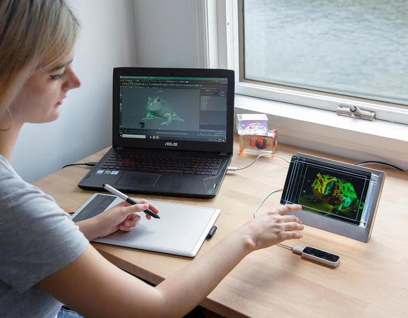 Looking Glass: голографический дисплей за 400 долларов