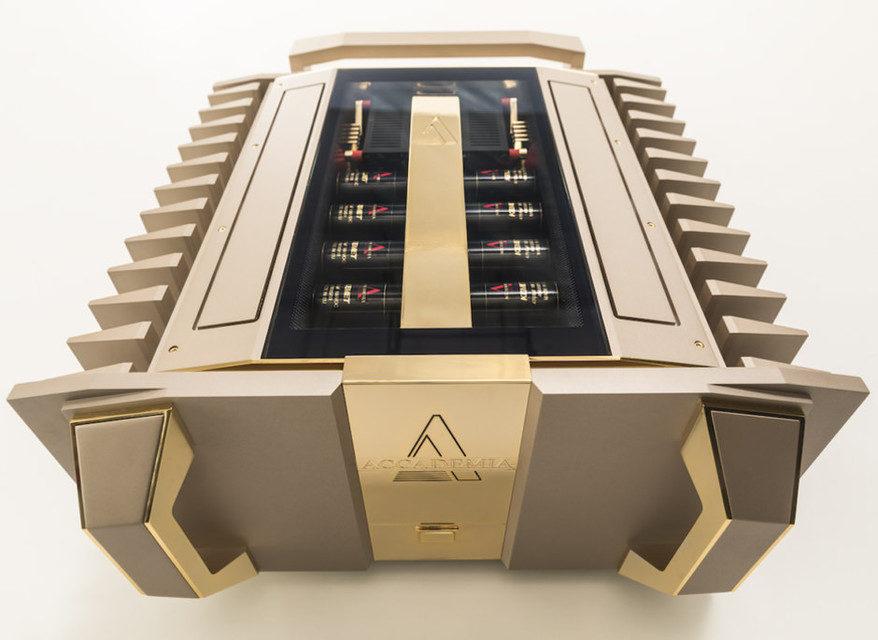 Усилитель мощности Accademialab Niko1300: премиальный итальянский дизайн и 1100 Вт на канал