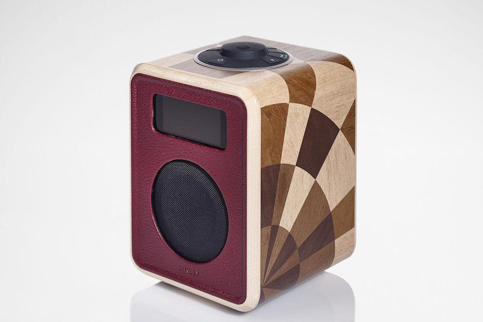 Результатом коллаборации Linley и Ruark Audio стало дизайнерское радио с Bluetooth