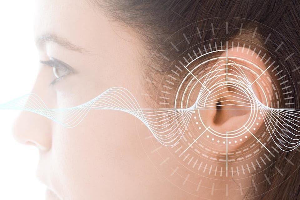 Исследование: потеря слуха вследствие шумового воздействия значительно серьезнее схожих возрастных изменений