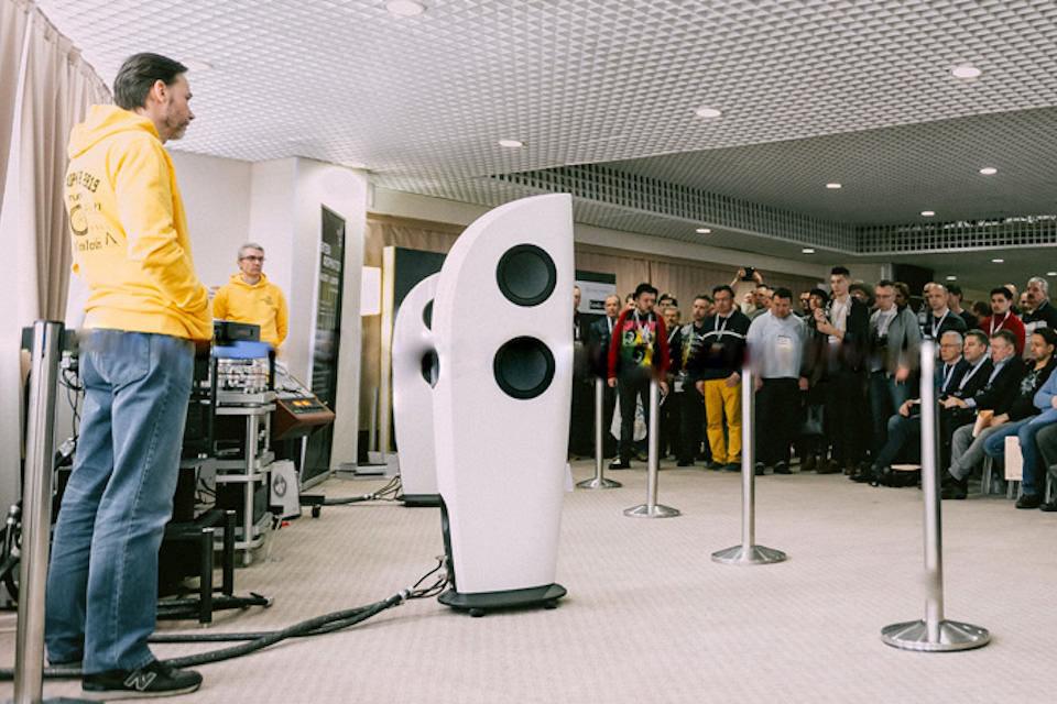 Hi-Fi & High End Show Урал: много новой техники и челябинский автобус фанатов
