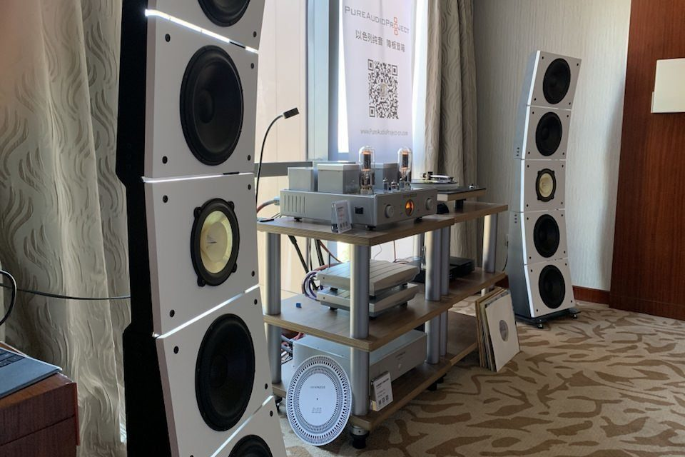 Акустика PureAudioProject Quintet10: рупорное СЧ/ВЧ-звено Horn2 и три варианта системы на одном шасси