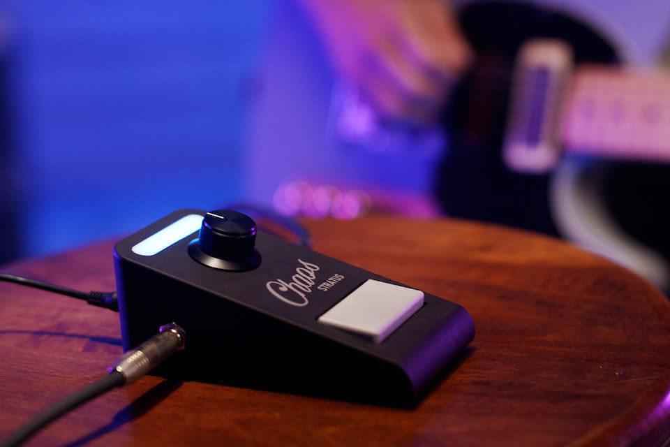 Chaos Audio Stratus: умная гитарная педаль-мультиэффект с мобильным приложением