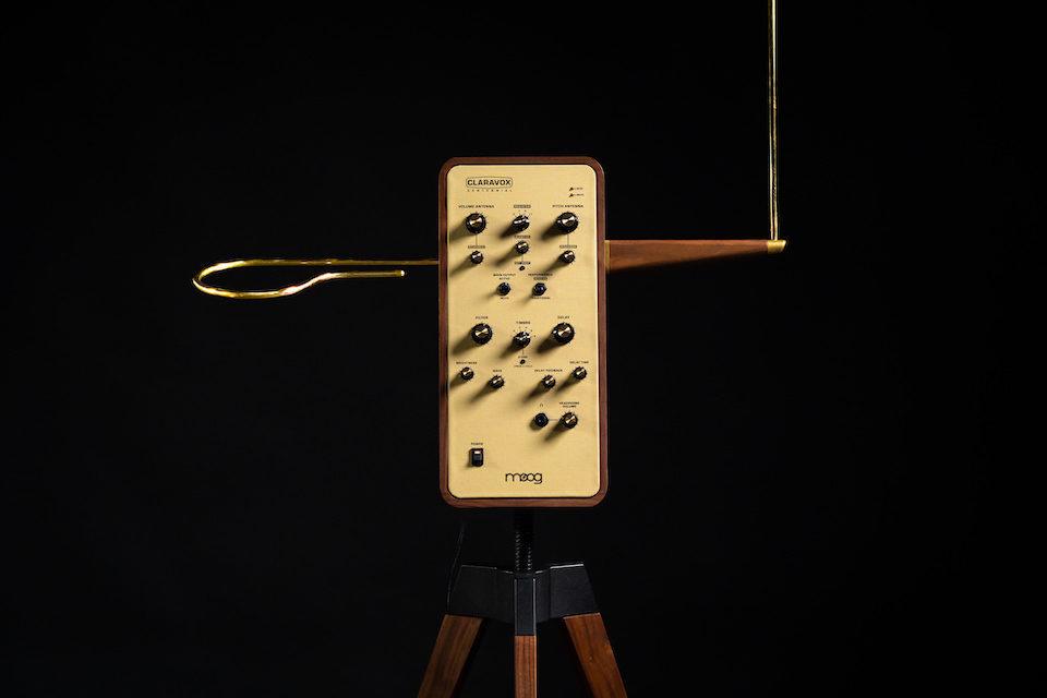 Moog выпустил специальную версию терменвокса к вековому юбилею аппарата