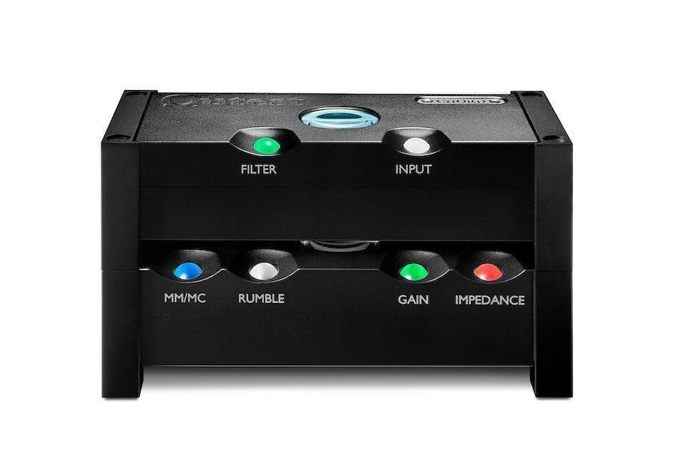 Chord Electronics выпустила стойку Qutest System Stand для компонентов линейки Qutest