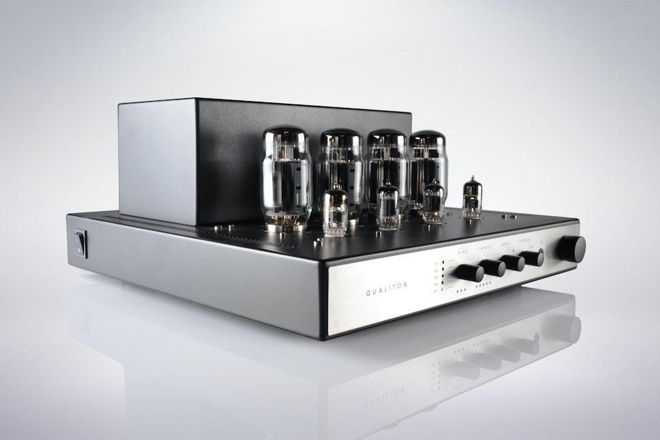 Audio Hungary анонсировала ламповый интегральник Qualiton X200