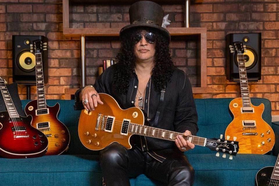 Посвященная Слэшу гитара Gibson Les Paul Goldtop «Victoria»: премиальная отделка и звукосниматели BurstBucker Alnico II
