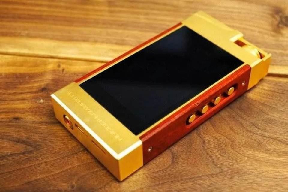 Портативный плеер Luxury & Precision P6 Pro: дискретный ЦАП R-2R, энергоэффективный дисплей и собственная ОС