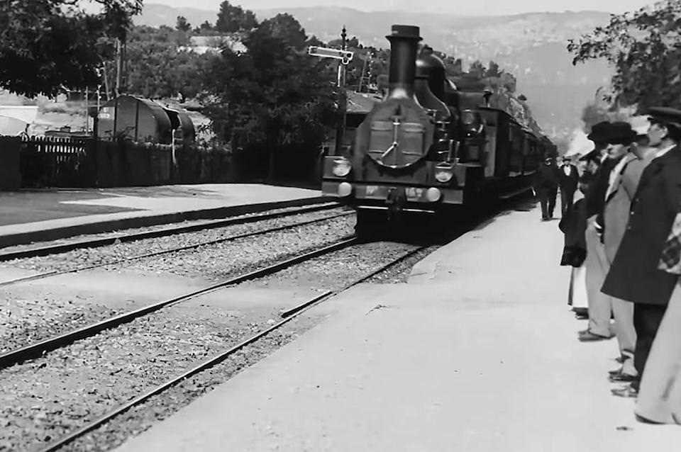 На YouTube выложили масштабированный ИИ до 4К разрешения фильм «Прибытие поезда» 1896 года