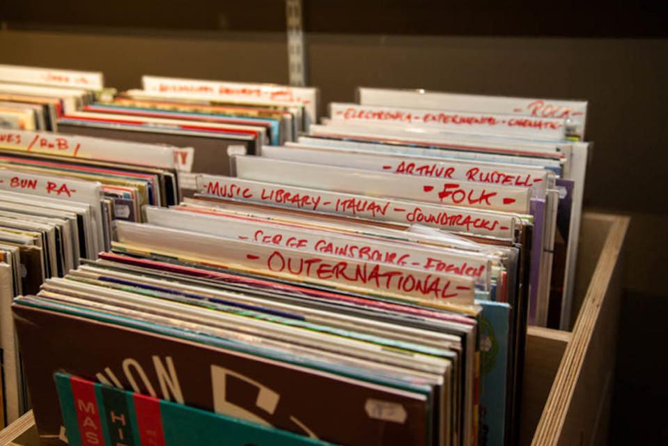 База данных Discogs показала стремительный рост в период самоизоляции пользователей