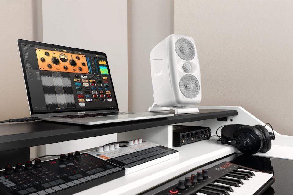 IK Multimedia расширила модельный ряд мониторами iLoud MTM в белой расцветке