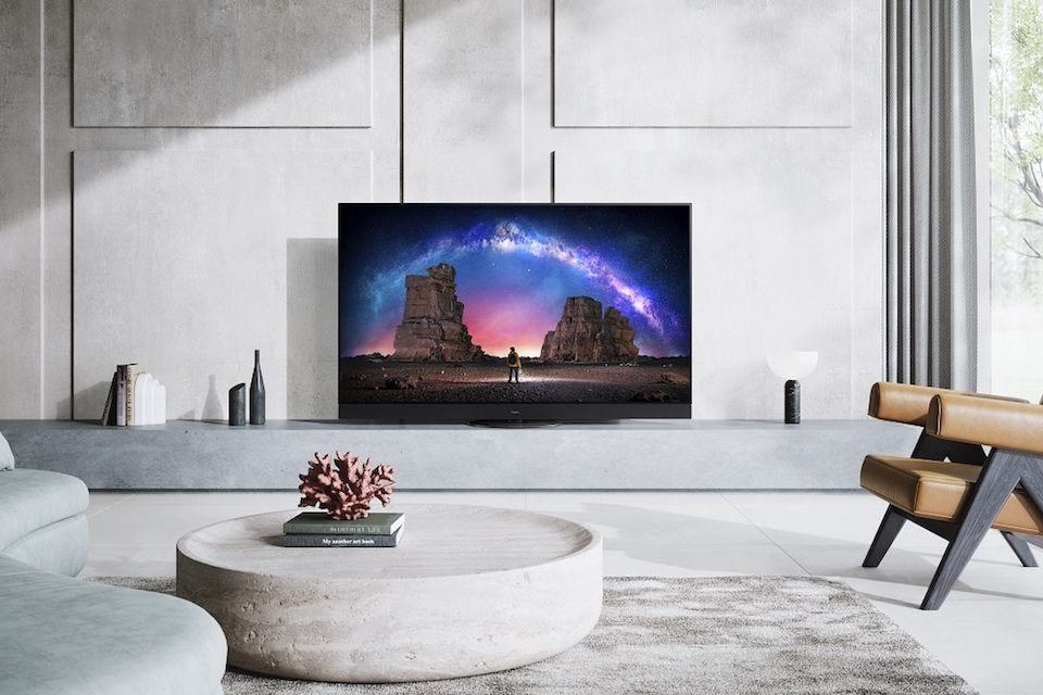Panasonic анонсировала флагманский OLED-телевизор JZ2000