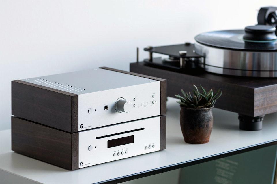 Pro-Ject представила интегральник Stereo Box DS2 со встроенным фонокорректором и балансной секцией усиления