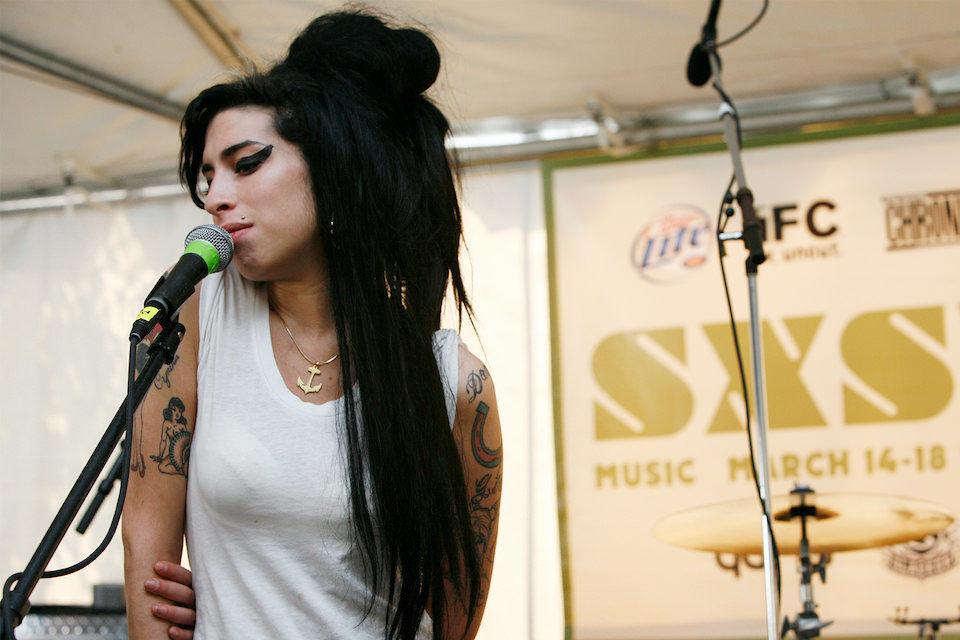 Дополненное переиздание сборника «Amy Winehouse At The BBC» выйдет в мае
